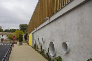 ecole-tabarly façade fenêtre ronde