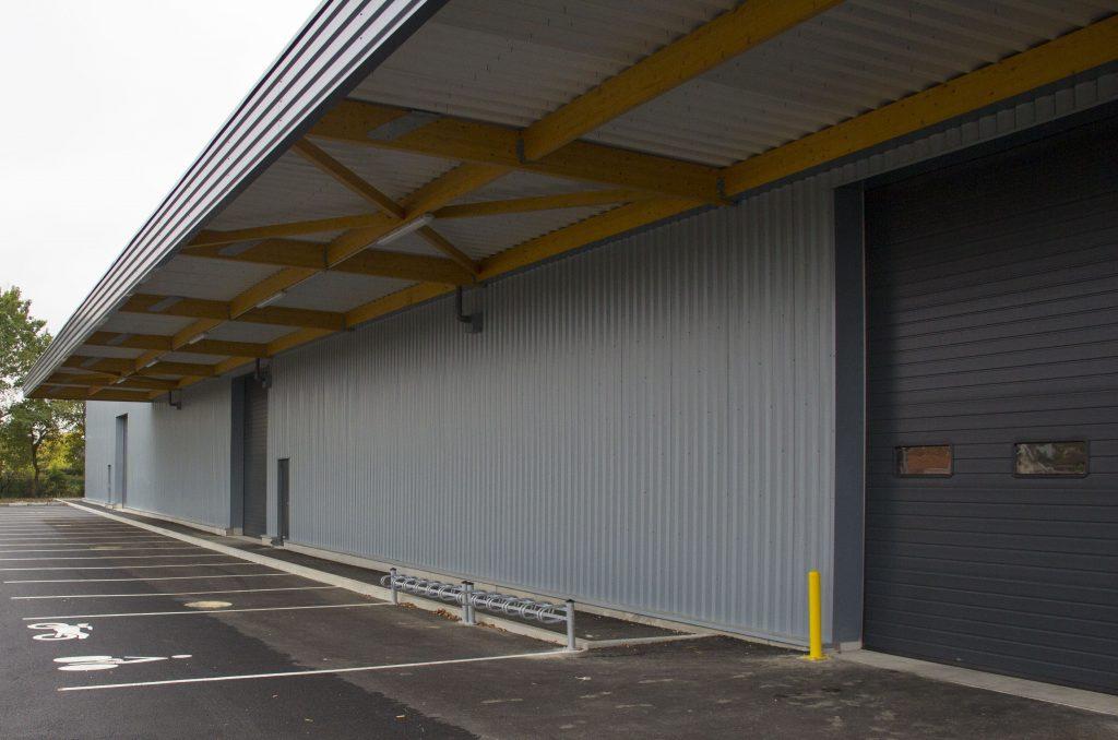 bâtiment archive de la poste vue entrepot